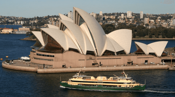 China overtakes New Zealand as top tourist source of Australia