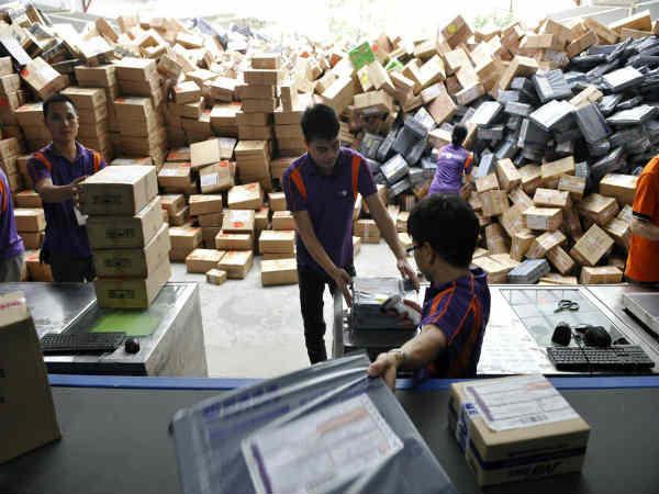 China Delivered 20.6 Billion Couriers in 2015